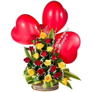 20 Red Yellow Rose Arrangements With 3 Red Heart Shape Balloons