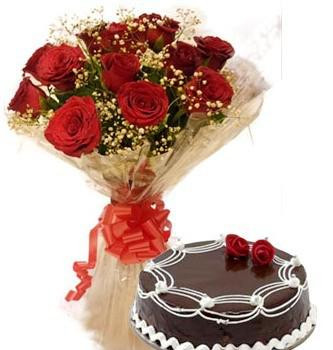 Combo of 50 Red Roses with Tissue wrapping with 1kg Blackforest cake