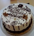 1 KG White Chocolate Birthday Cake