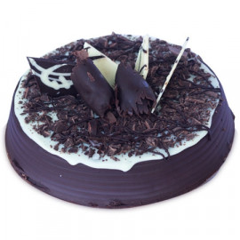 1 kg Chocolate Chips Cake
