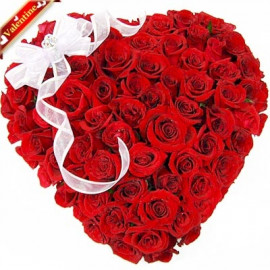 100 Red Rose Heart