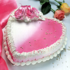 1kg Heart shape Strawberry cake