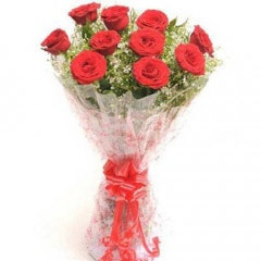 Bunch Of 10 Long Stem Fresh Red Roses